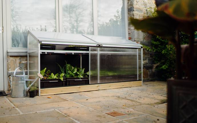 win a smart greenhouse from Harvst