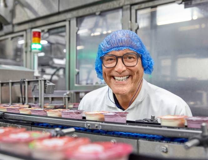 Gregg Wallace visits Yeo Valley Organic