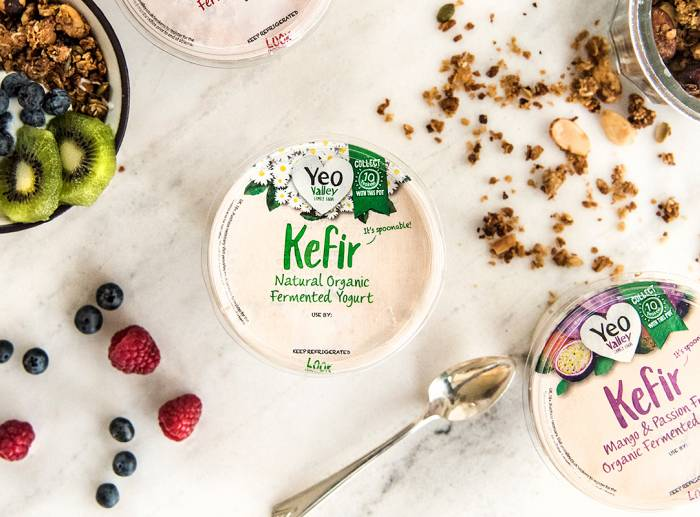 Kefir Granola fruit breakfast spread